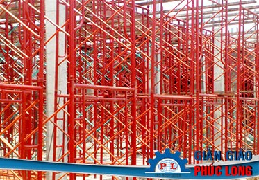 Có cần phụ kiện khi sử dụng giàn giáo xây dựng